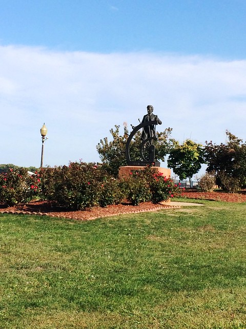 Mark Twain Statue at Hannibal Waterfront