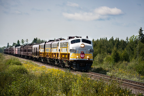 CP passing by quickly south west of Dwyer Hill