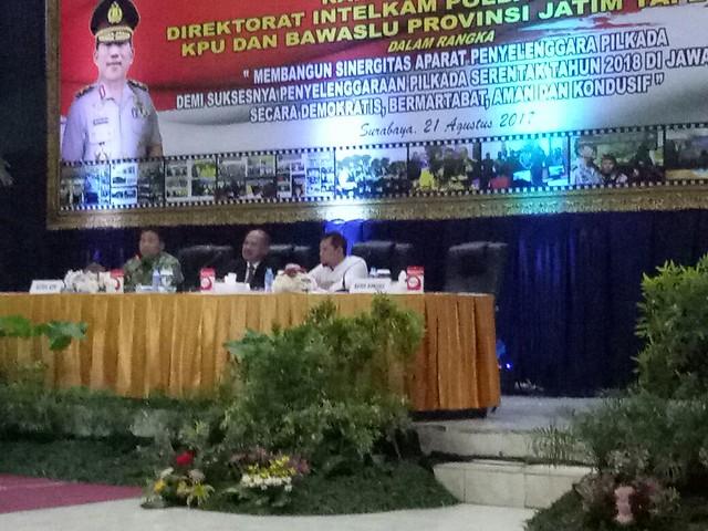 Suasana Rakor Direktorat Intelkam Polda Jatim bersama jajaran KPU dan Bawaslu se Jawa Timur (21/8)
