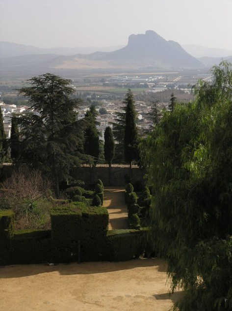 Antequera formal gardens with indian head