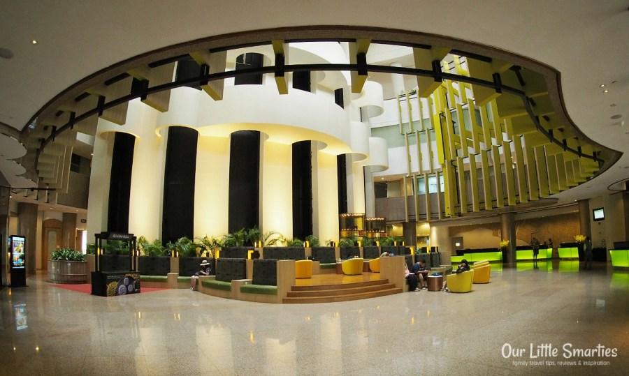 Holiday Inn Singapore Atrium Hotel Lobby