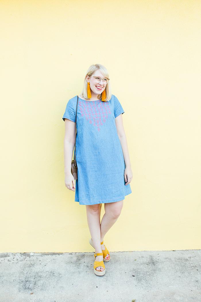 austin style blogger writes like a girl embroidered denim shift dress1