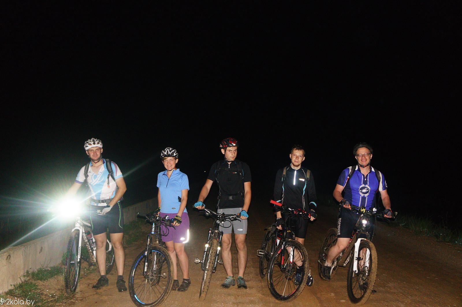 Поехали Барановичи на ночной велопокатушки