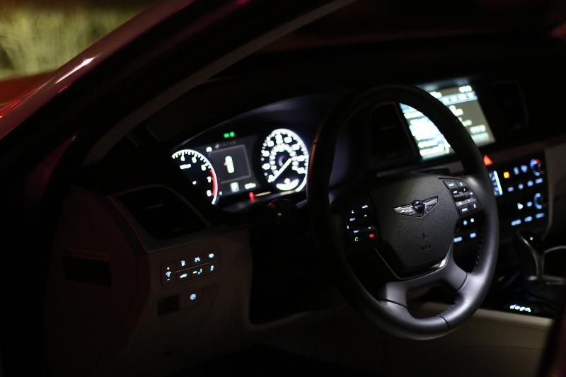 genesis-vehicle-g80-wheel-dashboard-6