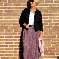Outfit of the week: Sparkling pleated skirt