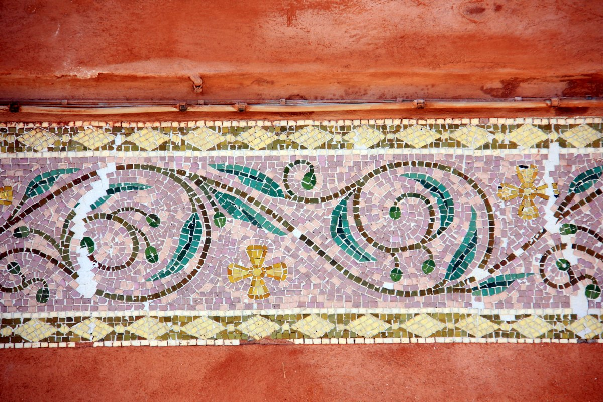 The tiles on Murano mansions