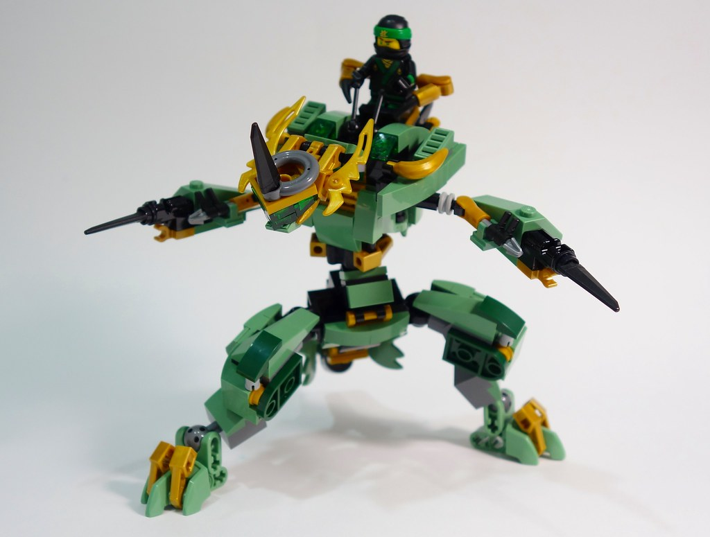 Lloyd's Shinryu Dragon Mech