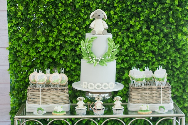 rabbit party cake