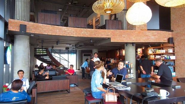 Pattaya life FiveStarVagabond 2017