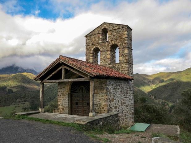 Ermita de San Miguel en Cantabria