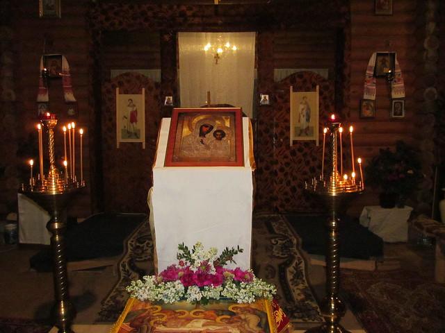Пасхальное богослужение в храме Казанской иконы Божьей Матери