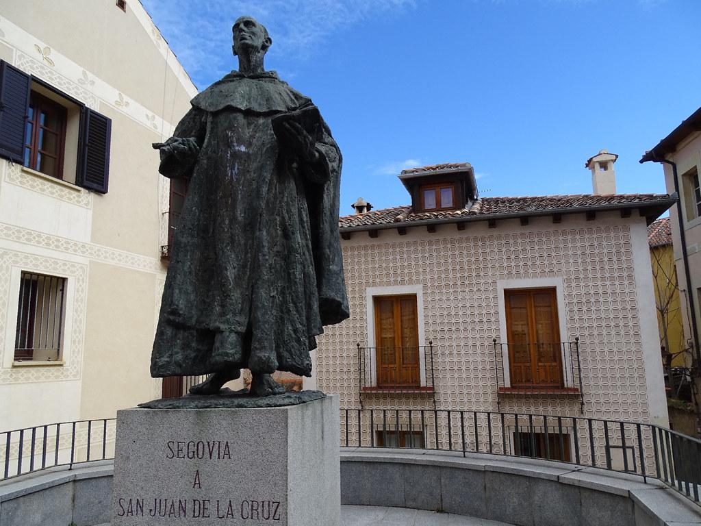 Segovia Escultura San Juan de la Cruz