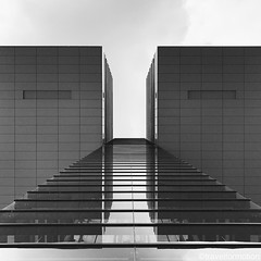 #architecture #blackandwhite #blackandwhitephotography #visitkoeln #urbanCGN #cologne #thisiscologne #koelnergram #köln #ig_cologne #ig_germany #germany #vsco #vscocam #guardiantravelsnaps #guardiancities #wanderlust #travel #koelnergram #instaköln #trave