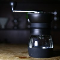 HARIO 美式超級把手磨豆機(Ceramic Coffee Mill MMCS-2B)強勢來襲,就是要許你一杯好咖啡!