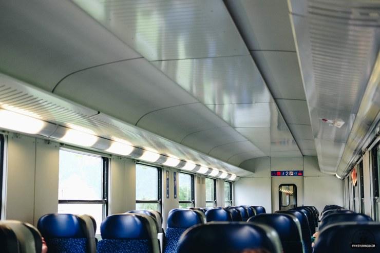 Trên tàu OBB từ Vienna đi làng Hallstatt