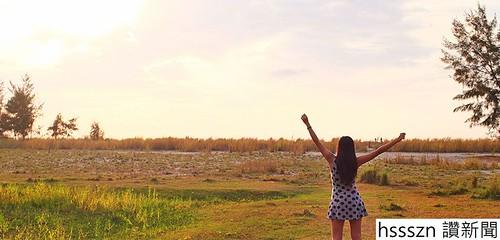 aileen-adalid-past-background-start-life-travel-world-digital-blogger-nomad_846_406