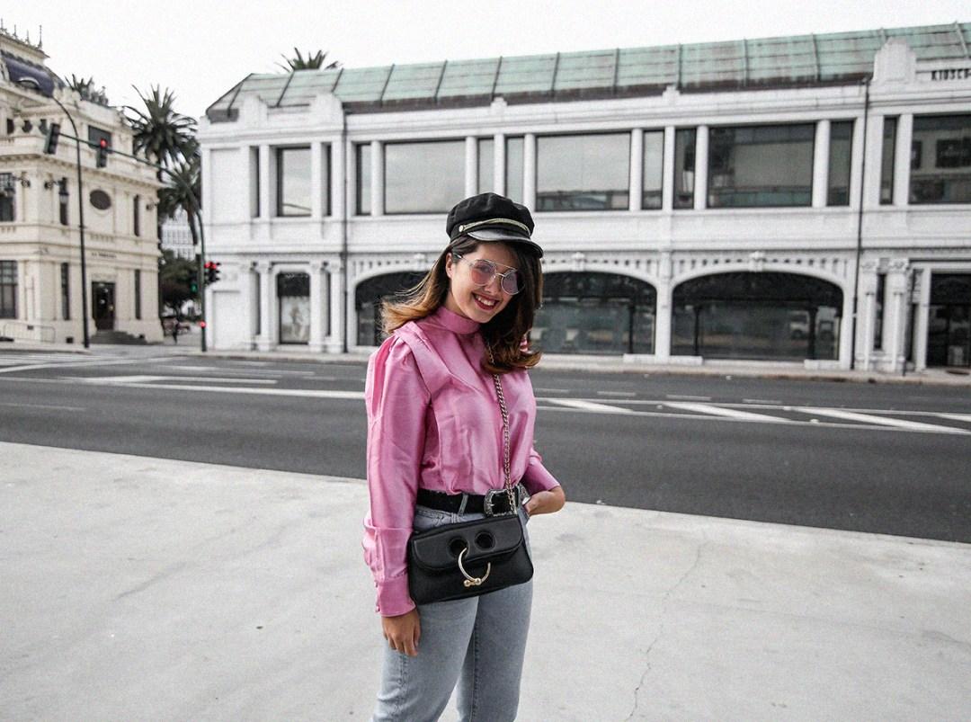 blusa con hombreras rosa asos look back to 80s-7