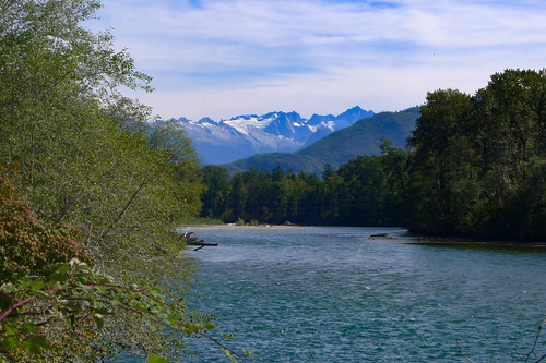 Cascades from Skagit River
