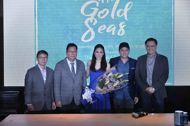 Gold seas