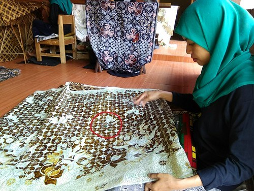 Quality Control batik