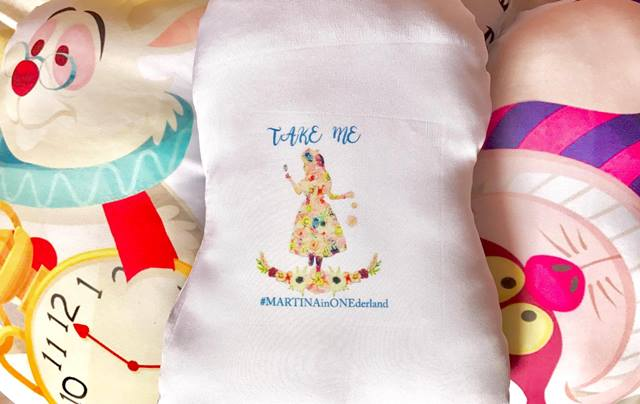 alice in wonderland giveaways