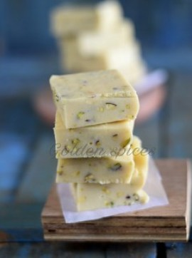 White Chocolate and Pistachio Fudge