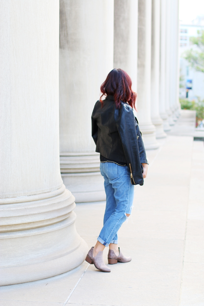 leather-jacket-jeans-boots-10