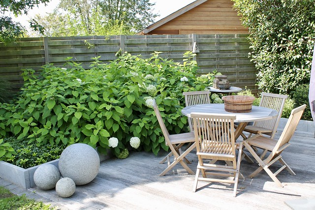 Tuinset hardhout decoratieballen tuin