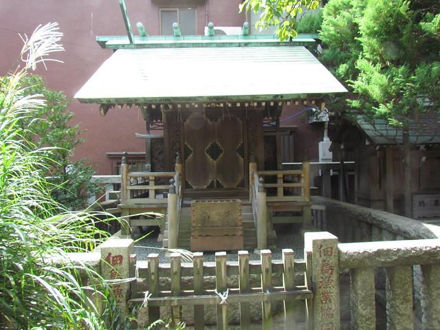 Sumiyoshi Jinja Shrine in Tsukuda