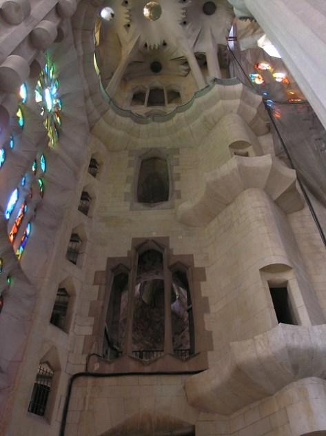 Barcelona Sagrada Familia nave