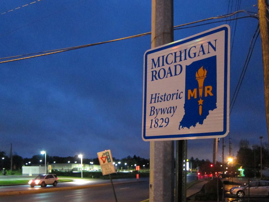 MR signs at Kessler/Michigan