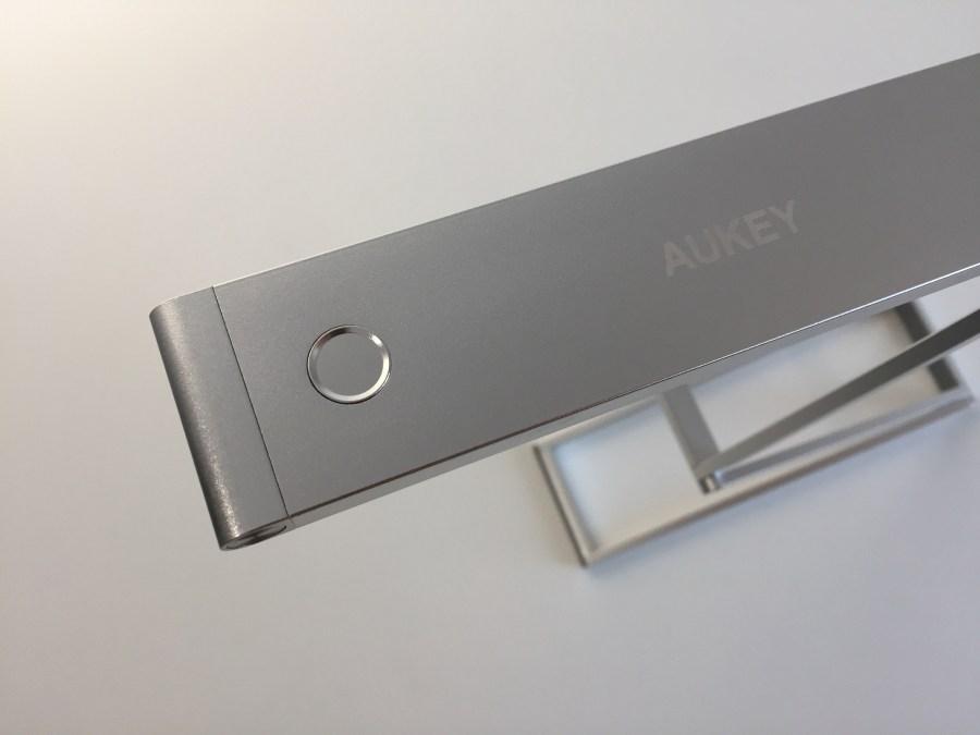20170904 Lampe de bureau Aukey LT-ST7 portable, rechargeable et pliable 12