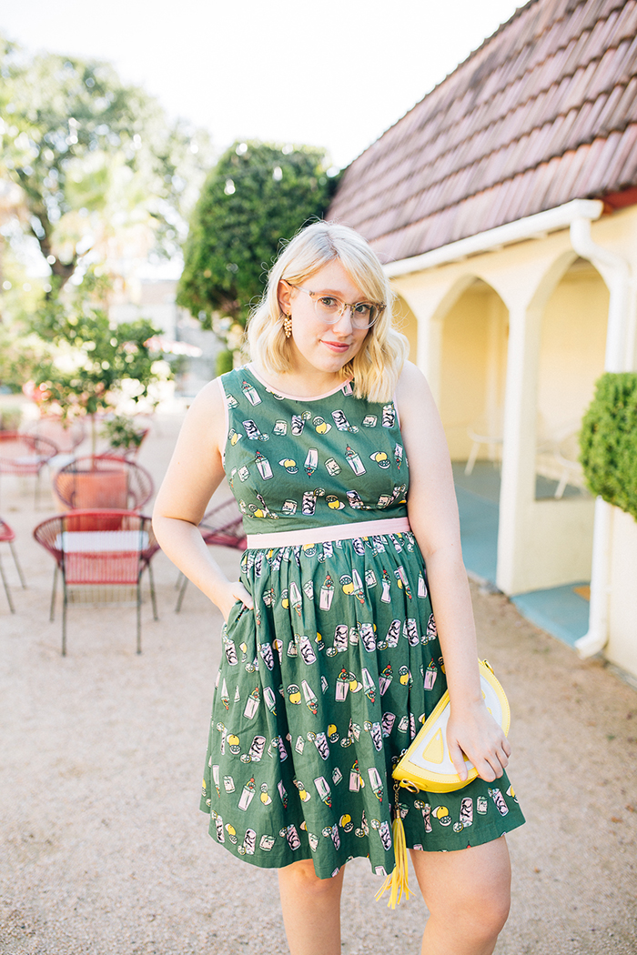 writes like a girl austin style blog aglow in the moment modcloth dress5