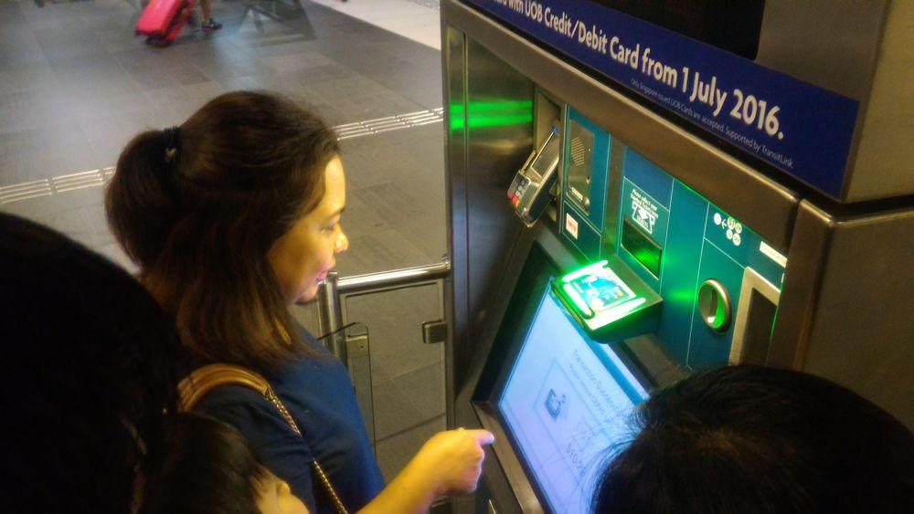 MRT Singapore 1_zpsspasut7d