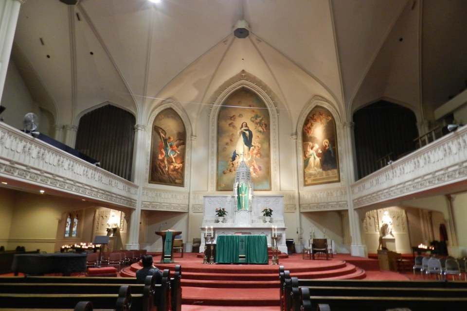 interior Catedral Santa Maria Inmaculada Concepcion San Francisco California EEUU 01