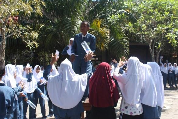 Orasi Pasangan Calon Ketua dan Wakil Ketua OSIS SMP Bustanul Makmur