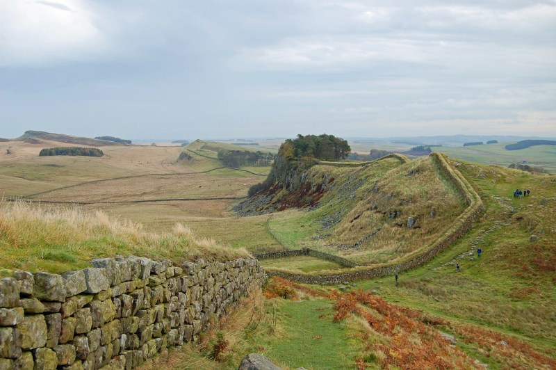 Hadrian's Wall (Photo source- Pixabay).