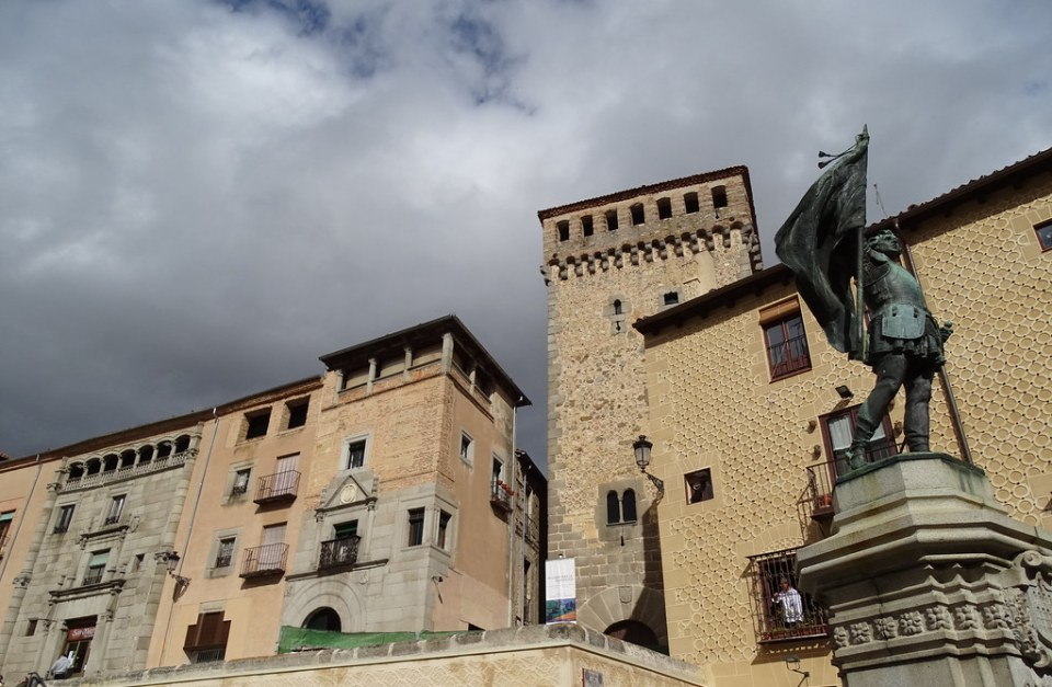 Torreon de los Lozoya y Casa de los Condes Bornos y Casa de Solier Segovia 04