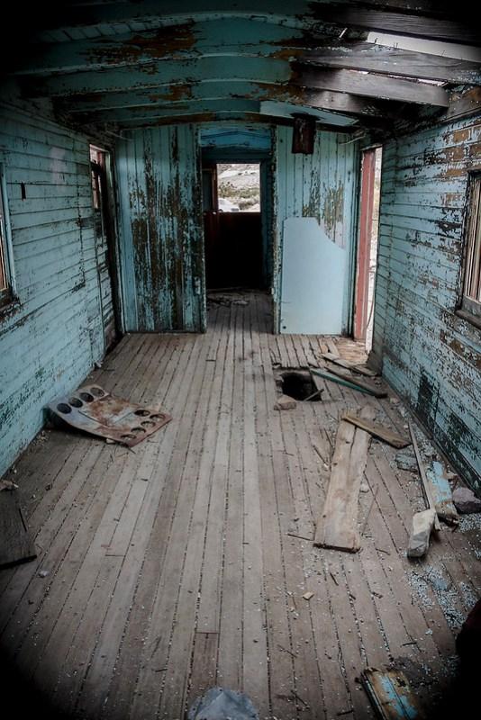 Vagón abandonado en el pueblo fantasma Rhyolite. Nevada.