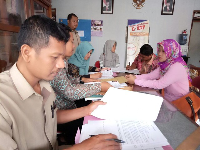 Sampai Kamis sore, jumlah pendaftar PPK dan PPS yang mengembalikan formulir mencapai 278 pendaftar (18/10)