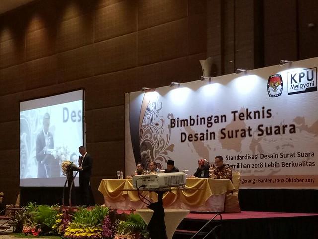 Suasana pembukaan Bimtek Desain Surat Suara di Hotel Novotel Tangerang (10/9)