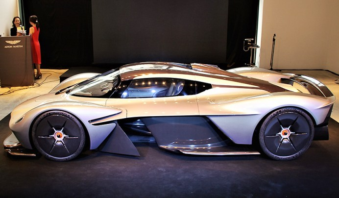 Aston_Martin_05