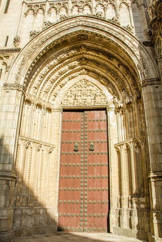 Puerta del Infierno Catedral de Toledo 01