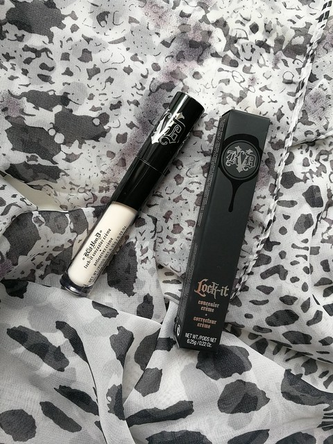 Kat Von D Lock It Foundation and Concealer