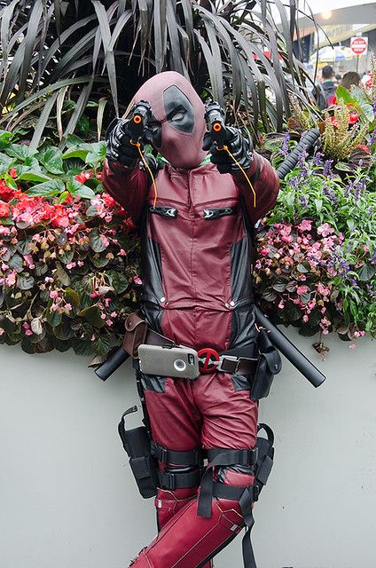 deadpool-cosplayer-NYCC-Oct-2017-col-pic#1