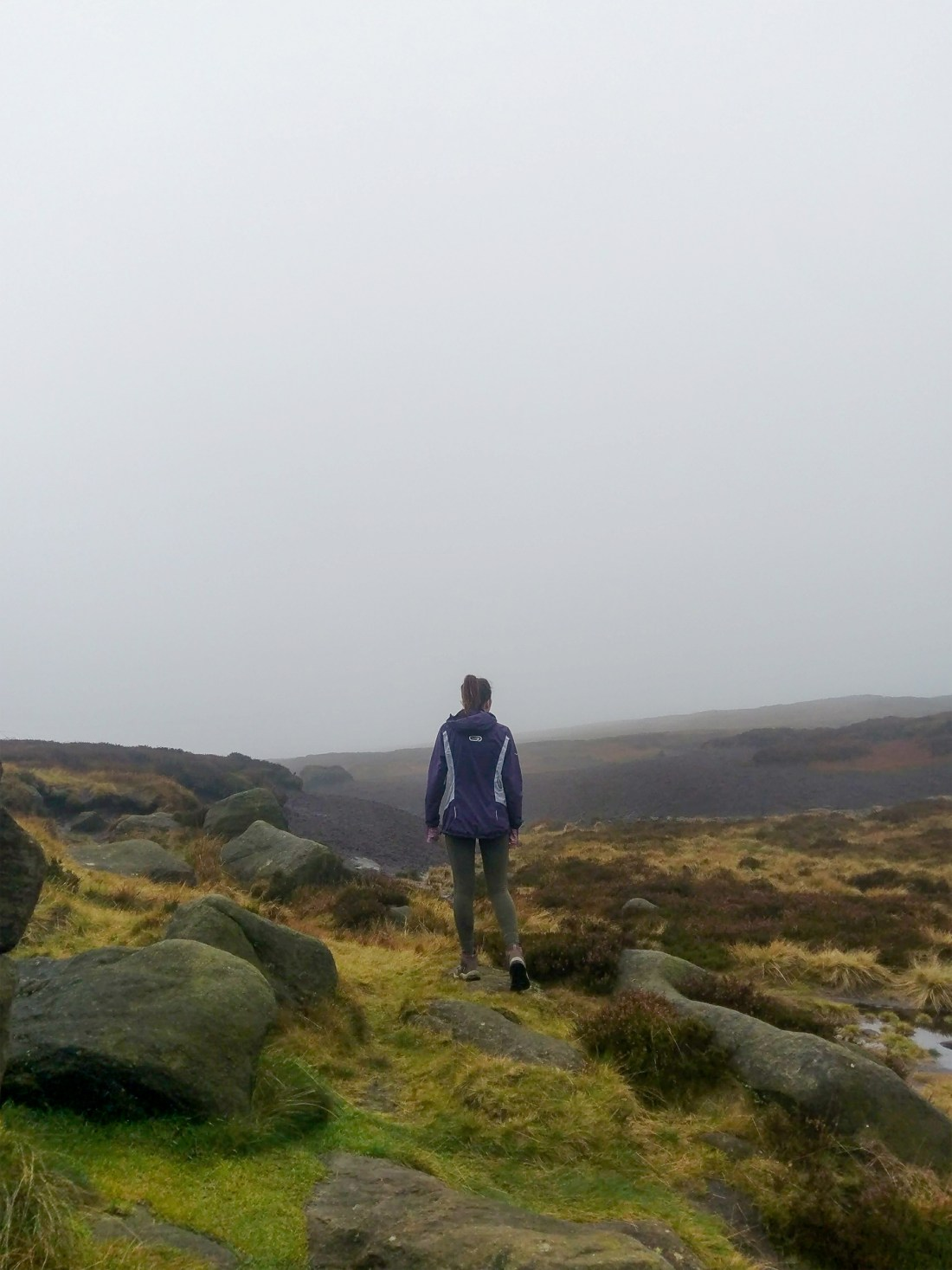 Climbing the peak of Kinder Scout, Peak District