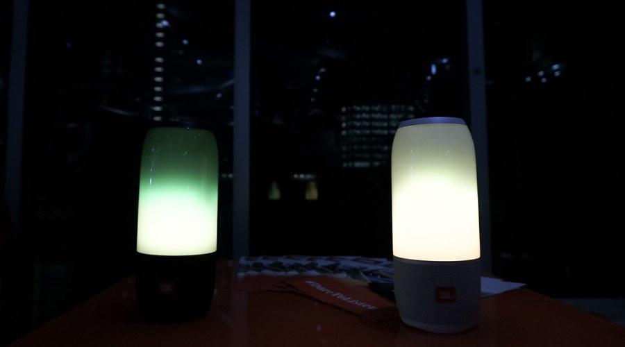 JBL Harman Bluetooth Speaker JBL Pulse 3 (13 of 19)