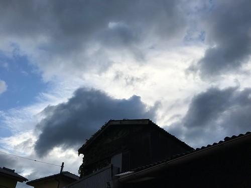 台風後の空