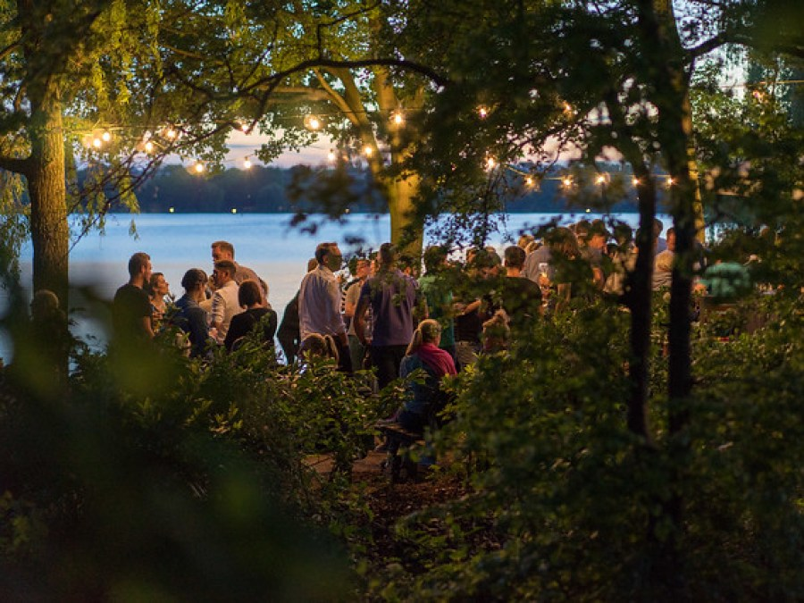 18 redenen om naar Hamburg te komen: Alsterperle, foto door clemens runge | Standort Hamburg