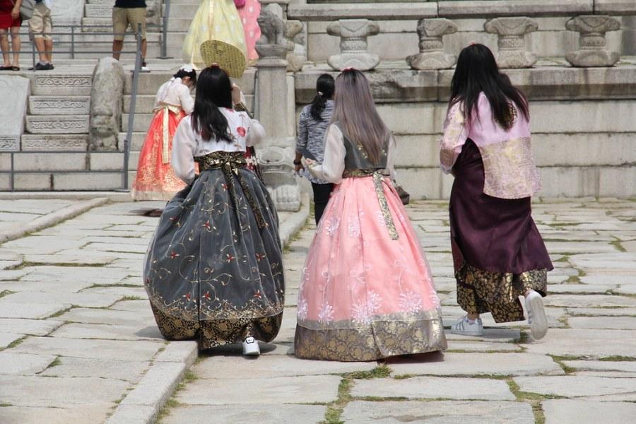 robes hanbok